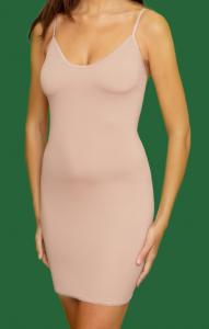 Combinaciones para las faldas y vestidos transparentes